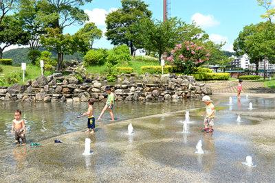小倉競馬場 泉の広場